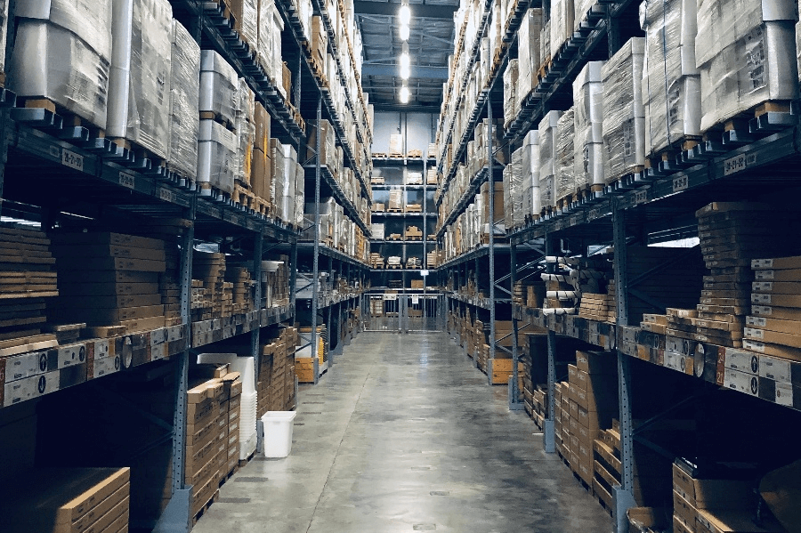 7 WAYS TO REDUCE YOUR WAREHOUSE COSTS 4-1 (1)