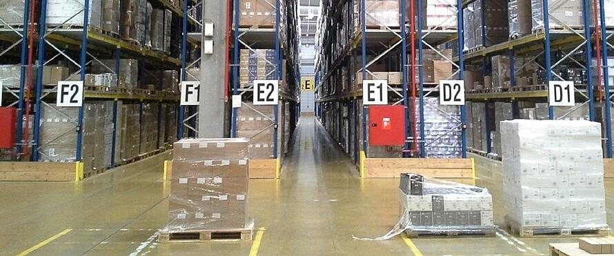 SPOTLIGHT ON WAREHOUSE MANAGEMENT AND DISTRIBUTION CENTRE AUTOMATION.jpg